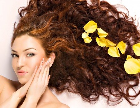 Detox Your Hair with DIY Herbal Shampoos